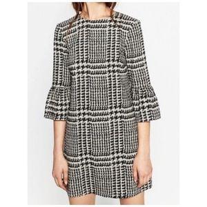Zara Houndstooth Plaid Bell Sleeve Shift Dress M
